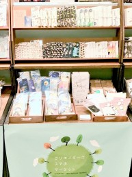 東急ハンズ梅田店 / クリエイターズスマホマーケット