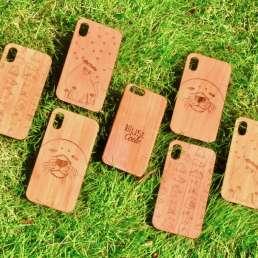 木製スマホケース